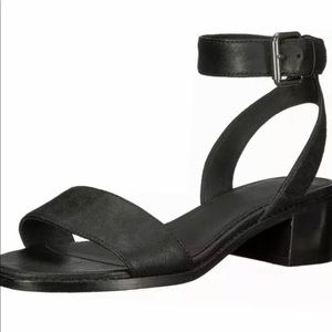 New Womens Frye Cindy  Sandals, Black, Size 7.5